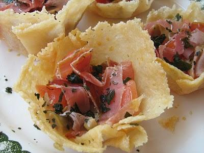 cestini di parmigiano con ripieno (5)